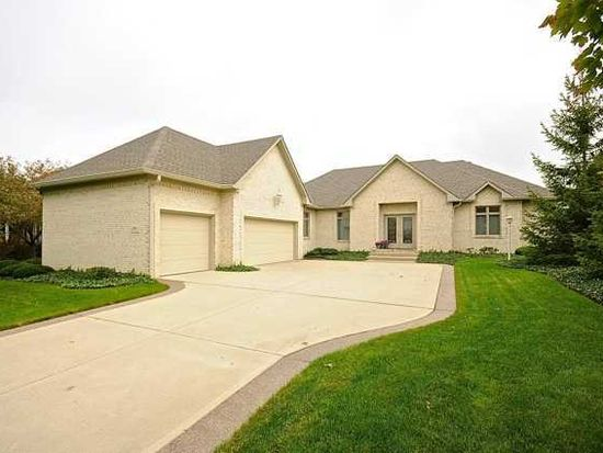 2009 Berry Rd, Greenwood, IN 46143