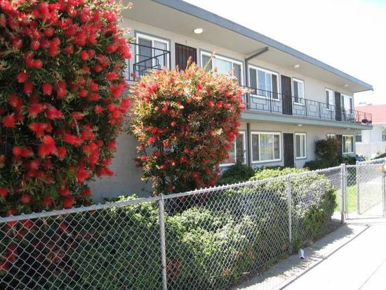 3141 38th Ave APT 2, Oakland, CA 94619