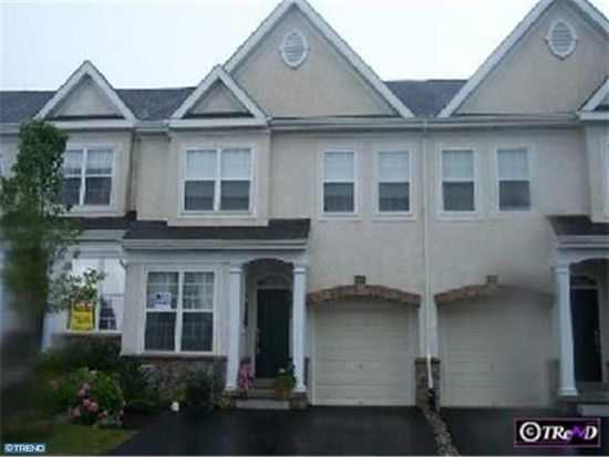 406 Rolling Hill Dr, Plymouth Meeting, PA 19462