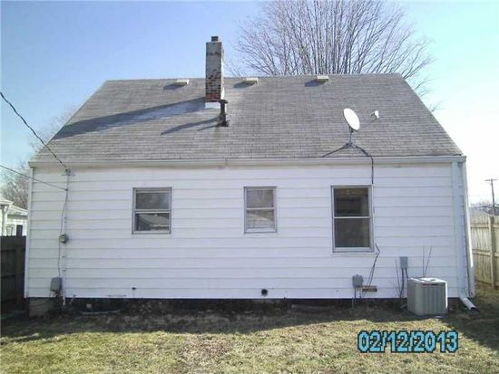 146 S 6th Ave, Beech Grove, IN 46107