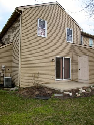 62 Ashlea Vlg, New Holland, PA 17557