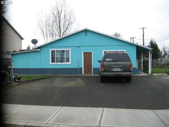 182 N 4th Ave, Cornelius, OR 97113