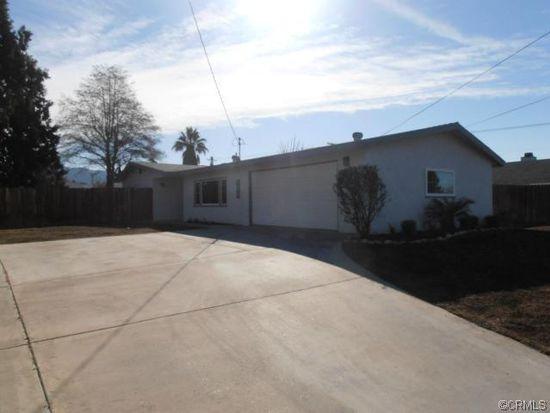 13695 2nd St, Yucaipa, CA 92399