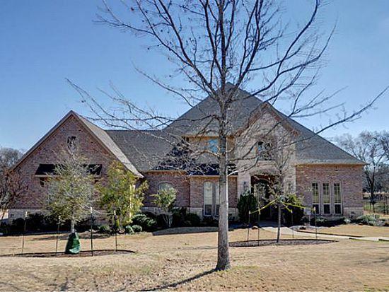 1047 Falcon Creek Dr, Kennedale, TX 76060