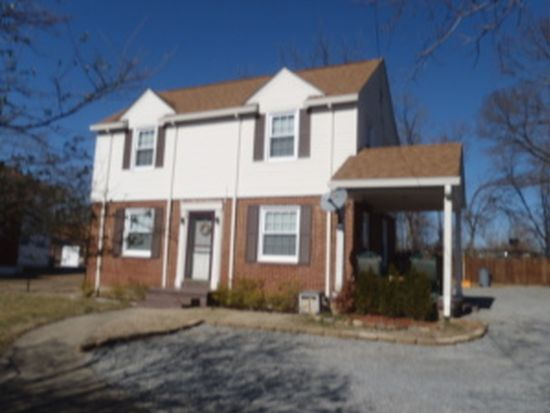 2819 Cove Rd NW, Roanoke, VA 24017