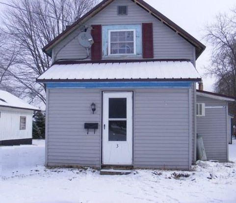 33 Pine St, Swanton, VT 05488