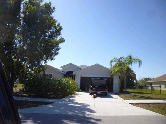 1531 Graduate Ct, Lehigh Acres, FL 33971