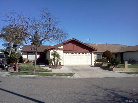 12323 Essex St, Cerritos, CA 90703