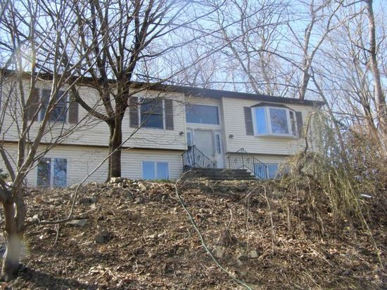 9 Old Mill Rd, Chester, NJ 07930