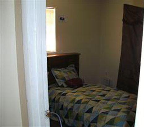 1609 E Marks Dr # 1/2, Tampa, FL 33604
