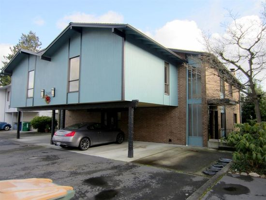 3420 25th Ave W APT C, Seattle, WA 98199
