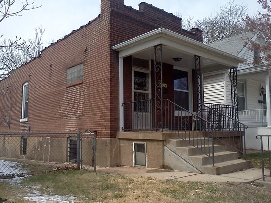 5129 Cologne Ave, Saint Louis, MO 63116