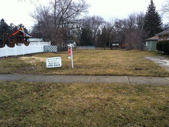 393 N Walnut St, Elmhurst, IL 60126