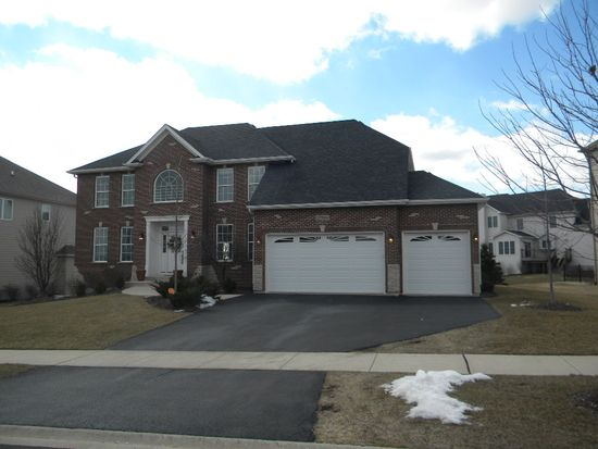12904 Peppertree Dr, Plainfield, IL 60585