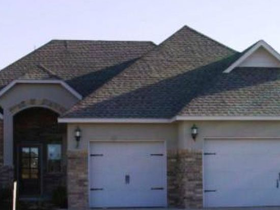 324 SW 175th Ter, Moore, OK 73170