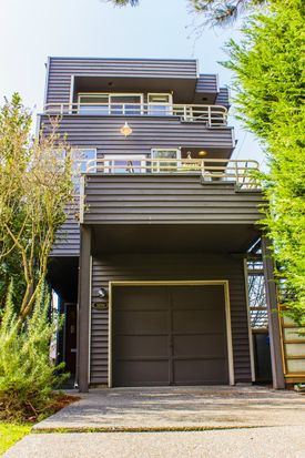 3201 38th Ave SW, Seattle, WA 98126