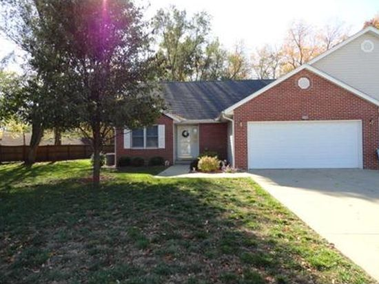 2203 Cailynn Dr, Terre Haute, IN 47802