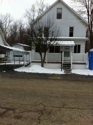 34 Echnoz Ave, Meadville, PA 16335
