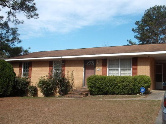 114 Happiness Dr, Swainsboro, GA 30401