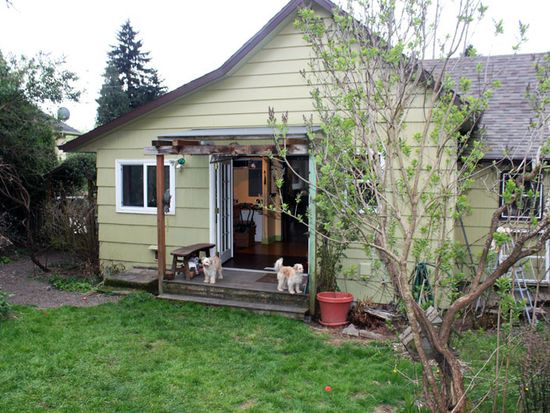 48 SE 63rd Ave, Portland, OR 97215