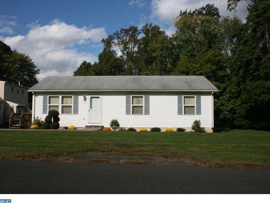 1208 Crescent Ave, Feasterville Trevose, PA 19053