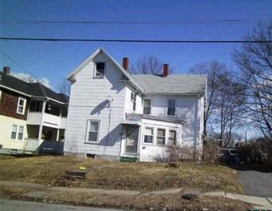 50 4th St, Leominster, MA 01453
