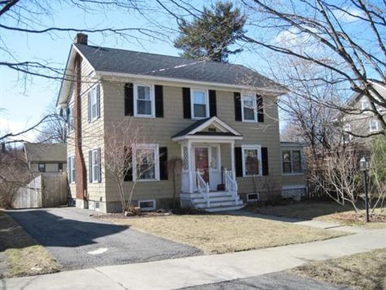 72 Pollock Ave, Pittsfield, MA 01201