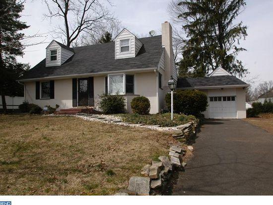 2546 Mansion Rd, Huntingdon Valley, PA 19006