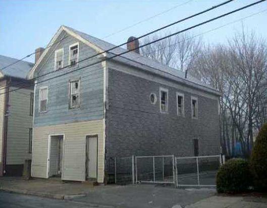 43 Gilmore St, Providence, RI 02907