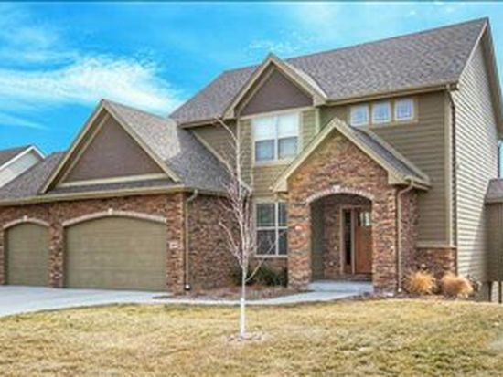 2897 NW 167th St, Clive, IA 50325