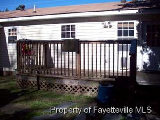 5207 Sequoia Rd, Fayetteville, NC 28304