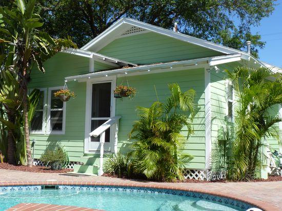 3204 W Santiago St, Tampa, FL 33629