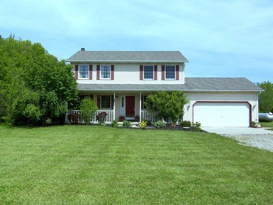 17585 Mennell Rd, Grafton, OH 44044