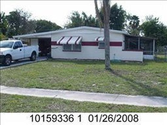 971 Hyacinth St, North Fort Myers, FL 33903