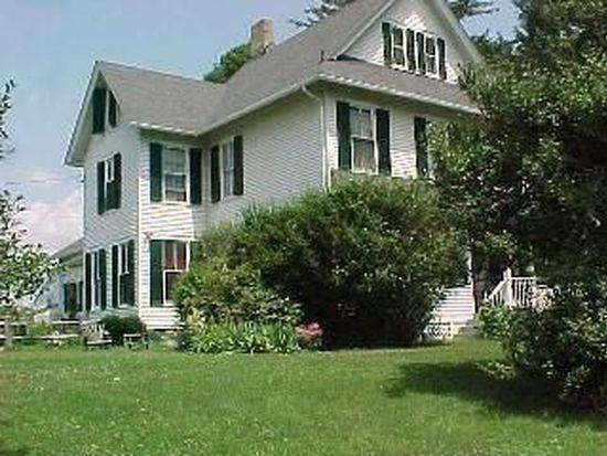 4 Van Wyck Ln, Wappingers Falls, NY 12590