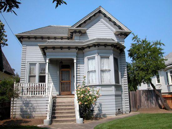 7431 Church St, Gilroy, CA 95020