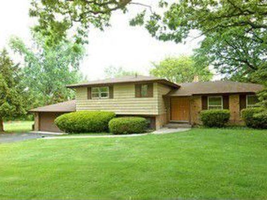 8415 Brookridge Rd, Downers Grove, IL 60516