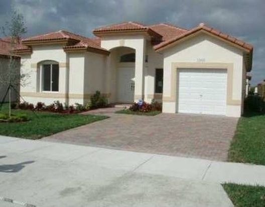13445 SW 282nd St, Homestead, FL 33033
