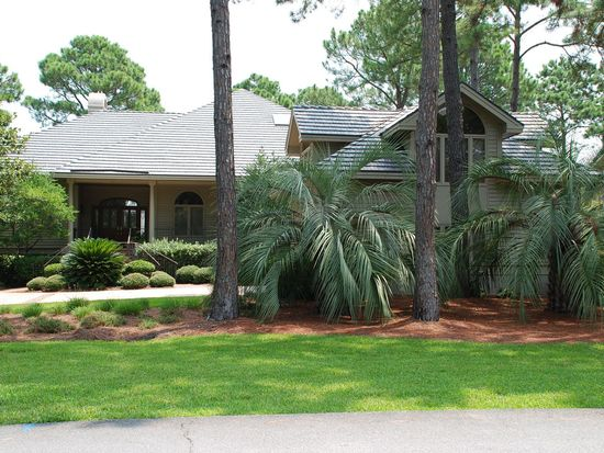 34 Gull Point Rd, Hilton Head Island, SC 29928