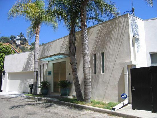 1672 Mountcrest Ave, Los Angeles, CA 90069