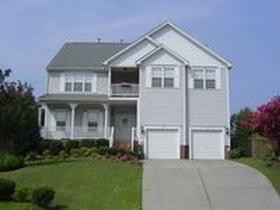 1008 Country Glen Ct, Apex, NC 27502