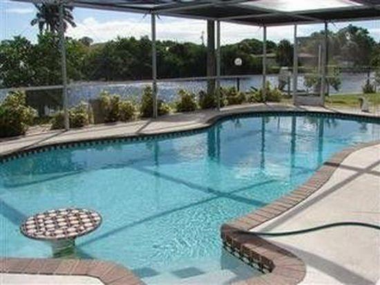 399 Grenier Dr, North Fort Myers, FL 33903