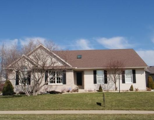 703 Meadow Stream Dr, South Bend, IN 46614