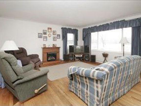 1455 E B Ave, Plainwell, MI 49080