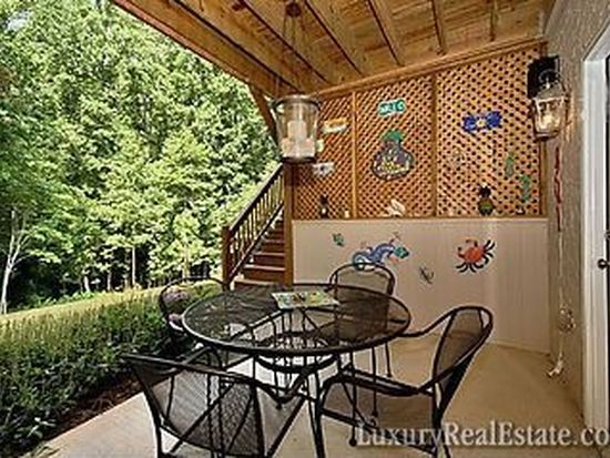 364 Old Leicester Rd, Asheville, NC 28804