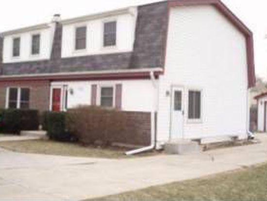 255 W 55th St, Westmont, IL 60559