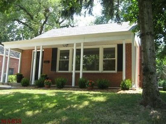 8524 Douglas Ct, Brentwood, MO 63144