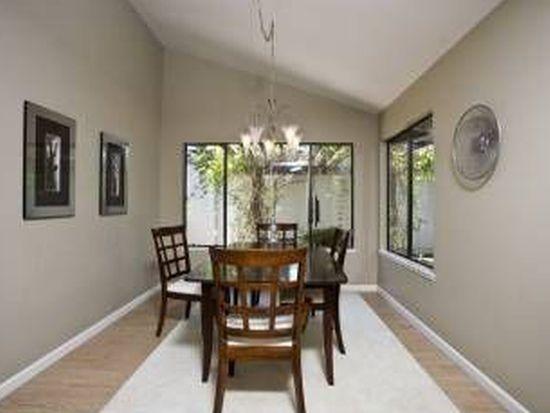 585 Seahorse Ln, Redwood City, CA 94065