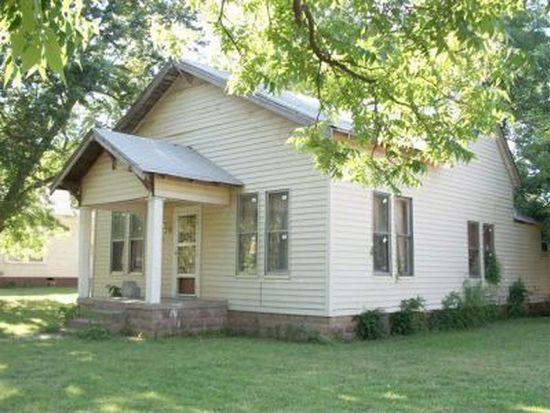 604 E Cherokee St, Wynnewood, OK 73098