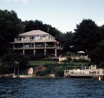 83 Riverview Rd, Gloucester, MA 01930